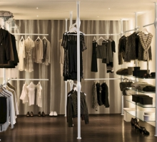 Et Voilà Tree_walk-in closet 22